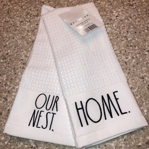 NWT Kitchen Towels (Set of 2) Rae Dunn's Home/Nest